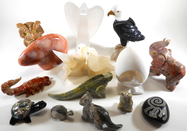 Animal Carvings & Figurines